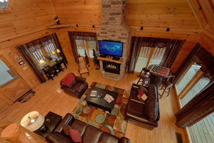 Pigeon Forge Luxury Cabin 4 Bedroom Sleeps 12 - Bearly Rustic