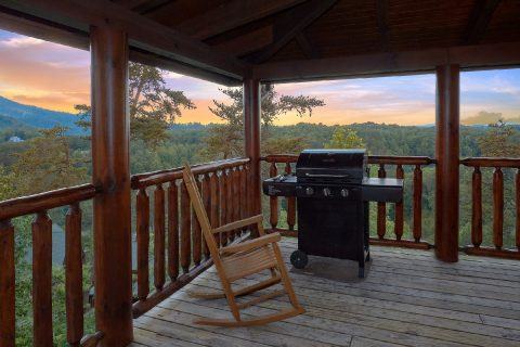 Smoky Mountain Cabin with Deck and Gas Grill - Bearly Rustic