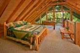 2 Bedroom Cabin with 3 Luxurious Beds