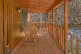 Two Bedroom Cabin with Rocking Chairs Sleeps 6