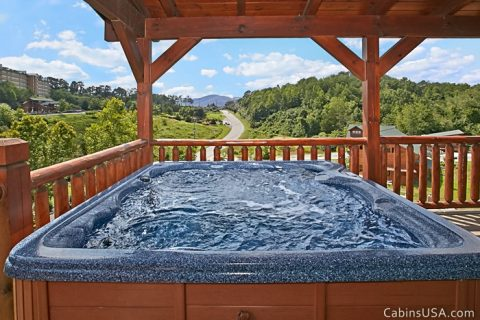 Beautiful Smoky Mountain Views from hot tub - Beckham's Bungalow