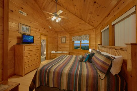 King Bedroom with Jacuzzi and Flatscreen TV - Best Little Pool House In The Smokies