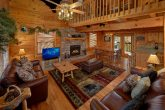 5 Bedroom Cabin with Spacious Living Room