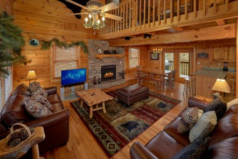 5 Bedroom Cabin with Spacious Living Room - Big Bear Lodge