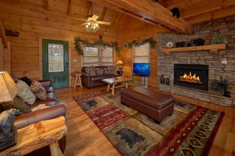 Spacious 5 Bedroom Cabin Sleeps 12 - Big Bear Lodge
