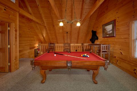 Game Room in Loft with Pool Table - Big Bear Lodge