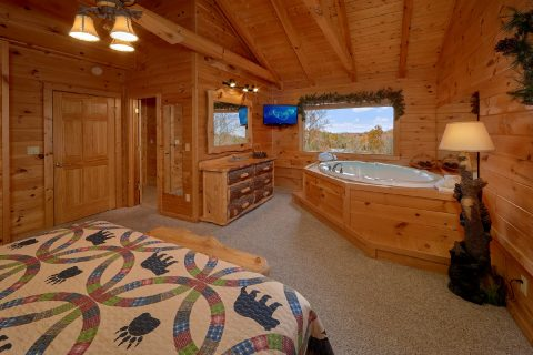 5 Bedroom Cabin with King Bed and Jacuzzi - Big Bear Lodge