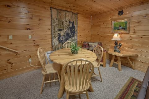 Smoky Mountain 5 Bedroom Cabin with Poker Table - Big Bear Lodge