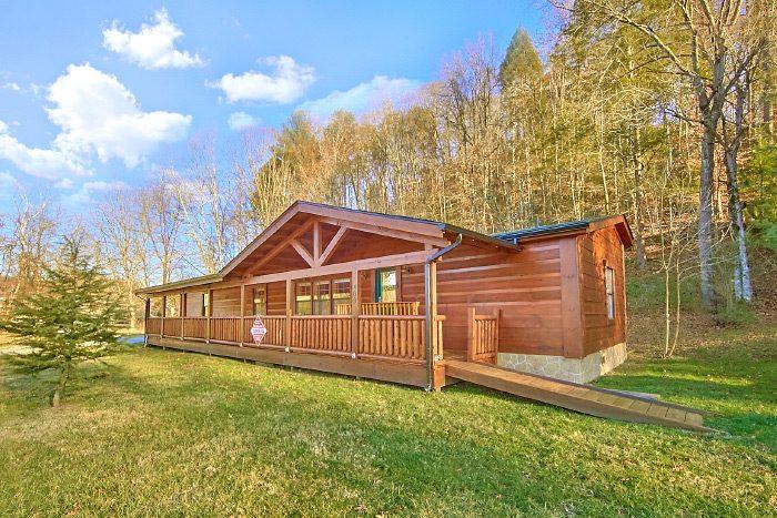 Lacey's Lodge Cabin Rental Photo
