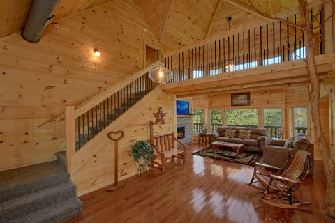 5 Bedroom 5 Bath Cabin Sleeps 14 - Big Mack Lodge