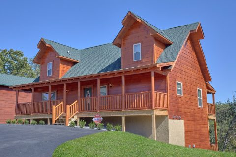 5 Bedroom 5 Bath 3 Story Cabin Sleeps 14 - Big Mack Lodge