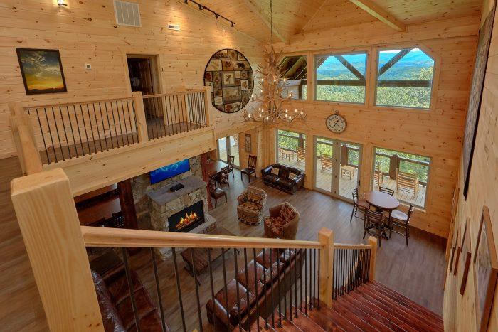 Premim 16 Bedroom Cabin Sleeps 66 - Big Vista Lodge