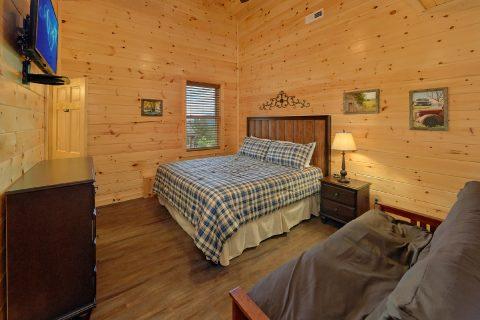 Main Floor Master Suites 16 Bedroom Cabin - Big Vista Lodge