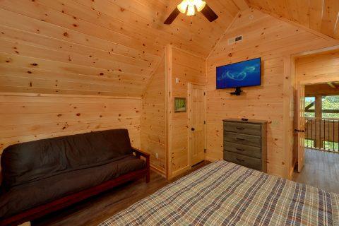 Flat Screen TV's in Every Room 16 Bedroom - Big Vista Lodge