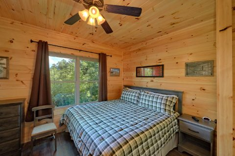 Beautiful 16 Bedroom Cabin Sleeps 66 - Big Vista Lodge