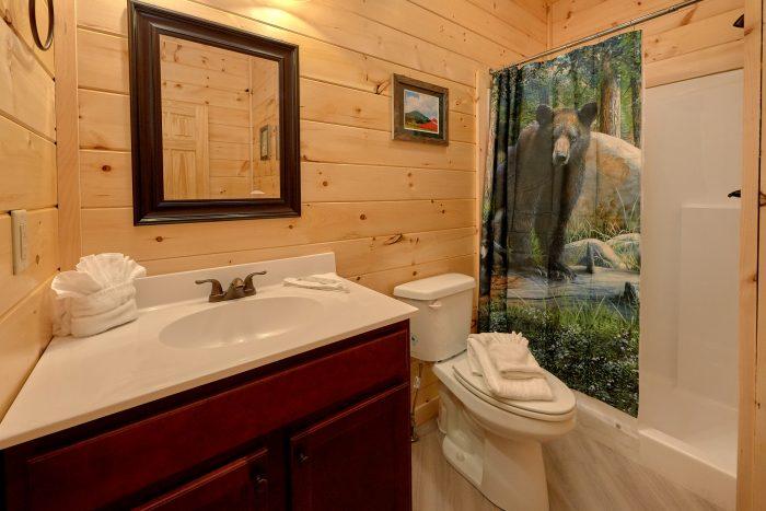 17 Large Full Bath Rooms and 2 Half Baths - Big Vista Lodge
