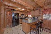 Large Open Kitchen 4 Bedroom Cabin Sleeps 12