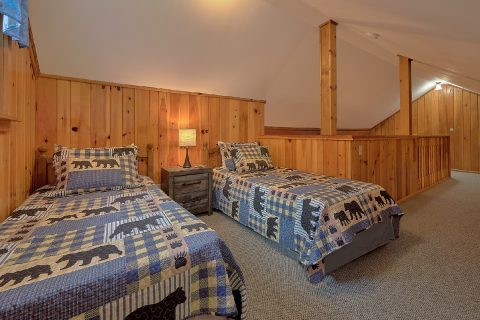 2 Bedroom Cabin Sleeps 8 With Twin Beds - Black Bear Hideaway