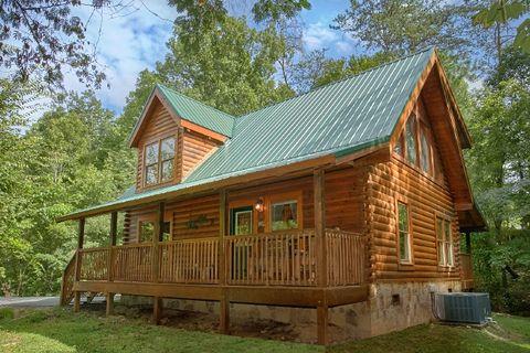 Featured Property Photo - Blackberry Inn