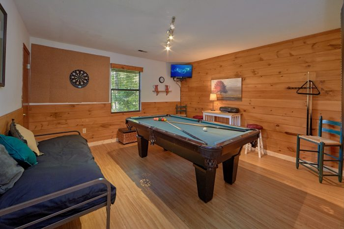 Billiard Room with TV and Darts - Blessed Memories