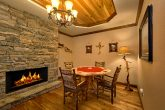 Luxurious Cabin with home office and Poker Table