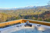 Mountain View and Hot Tub at Luxury cabin