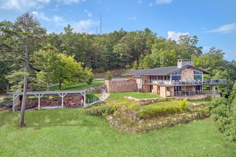 Featured Property Photo - Bluff Mountain Lodge