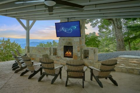 Luxury Rental with 11 bedrooms and Mountain View - Bluff Mountain Lodge