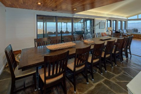 Premium Rental with Dining seating for 24 - Bluff Mountain Lodge
