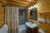 Master Bath in Bluff Mountain Cabin rental