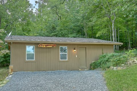 11 bedroom lodge with 4 private cabins - Bluff Mountain Lodge