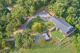 Premium 11 bedroom lodge with mountain views
