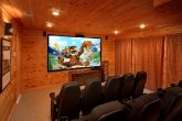 Luxurious 5 Bedroom Cabin with Theater Room