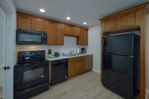 Fully Equipped Kitchen - Byrd Box