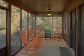 2 Bedroom Cabin with Screened in Porch and WiFi