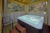2 Bedroom Cabin with Hot Tub Sleeps 4