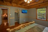 Secluded 3 Bedroom Cabin with Queen Bedroom