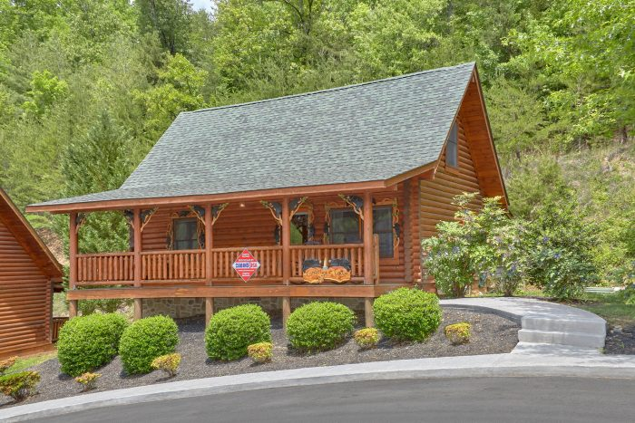 Candle Light Cabin Cabin Rental Photo