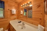 2 bedroom cabin with 2 full baths and Jacuzzi