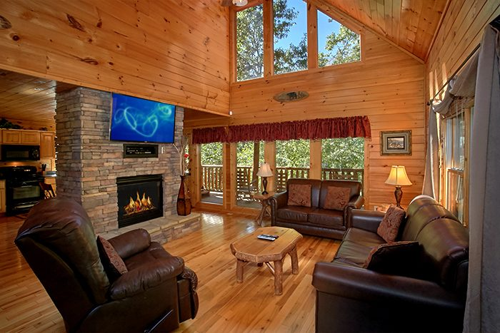2 Bedroom Cabin with Spacious Living area - Can't Bear To Leave