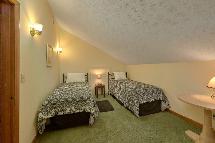 Great Views 5 Bedroom Chalet Sleeps 10 - Casa Blanca