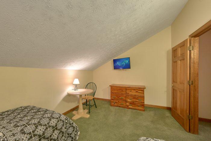 5 Bedroom Vacation Home with 2 and 1/2 Bath - Casa Blanca