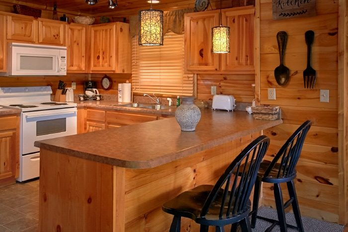 Luxurious 2 bedroom Cabin in Sherwood Forest - Catch of the Day