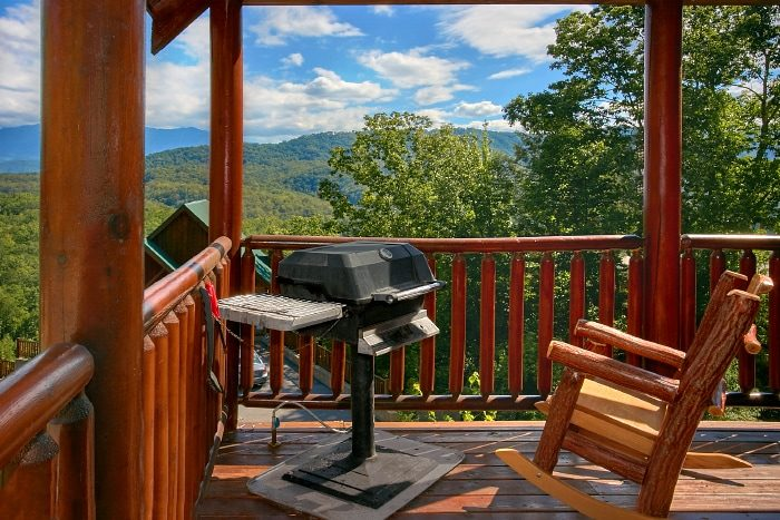 Grill and Rocking Chairs on Main Deck - Catch of the Day