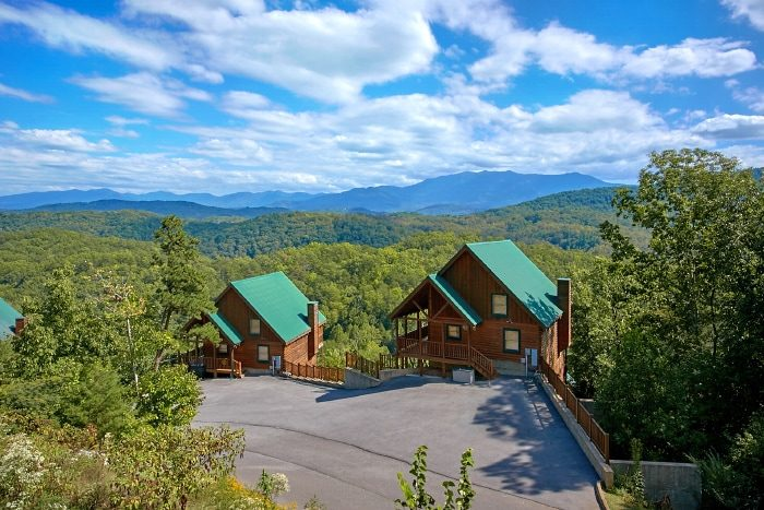 Sherwood Forest Resort Setting 2 Bedroom Cabin - Catch of the Day