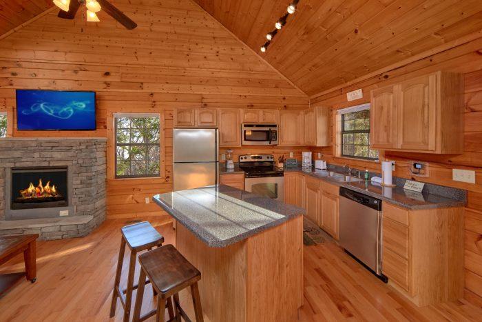 Hidden Springs 3 Bedroom Cabin Sleeps 7 - Cheeky Chipmunk Getaway