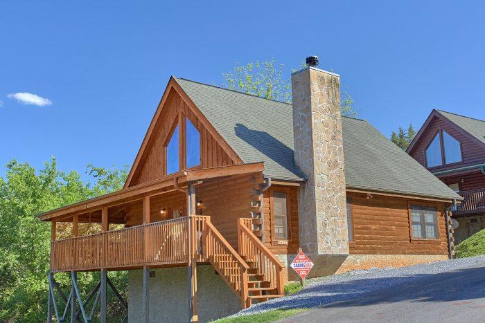 Cherokee Creekside Cabin Rental Photo