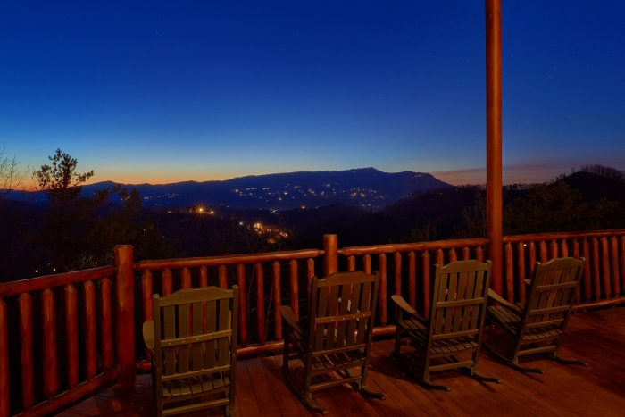Cherokee Hilltop Cabin Rental Photo