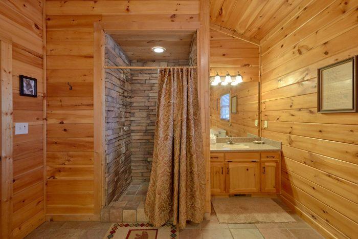 Main Floor Walk In Shower - Cherokee Hilltop