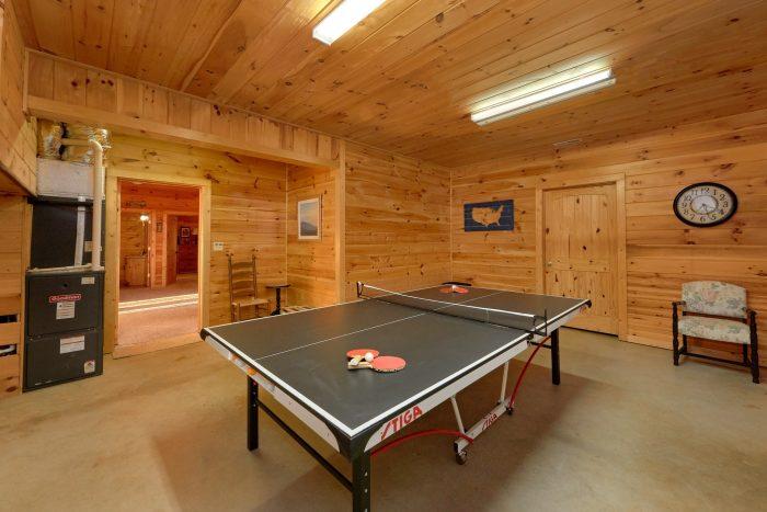 3 Bedroom Cabin with 2 Game Rooms - Cherokee Hilltop